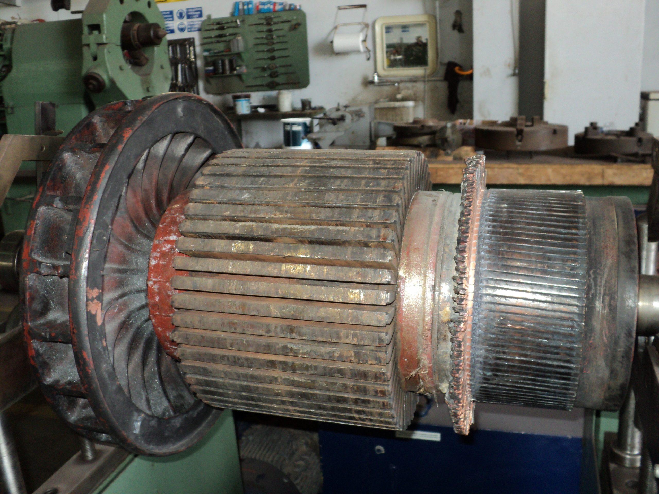 Motori-Elettrici-TrasformatoriDSC01235